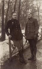 Fotografie. Ofiţeri  francezi, prizonieri în lagărul de la Danholm-Stralsund, pe malul mării Baltice, în timpul Primului război mondial.