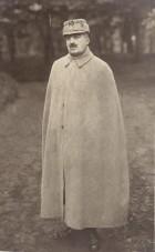 Fotografie. Ofițer superior din armata română, prizonier în lagărul de la Danholm-Stralsund, în timpul Primului război mondial.