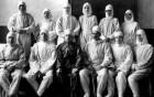 Spitalul pentru tratarea tifosului exantematic de la Dorohoi - medici francezi, români, infirmiere