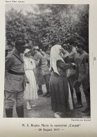 Regina Maria vizitând sanatoriul